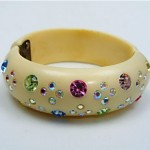 vintage weiss thermoset plastic and rhinestone clamper bracelet