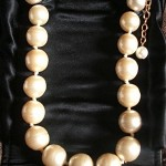 vintage 1980s chanel pearl necklace
