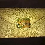 vintage la jeunesse alligator clutch