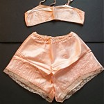 vintage 1930s-40s bra and tap pants set