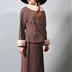 vintage 1940s wool suit with fur trim