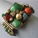 vintage 1950s glass and mesh bracelet