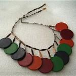 vintage plastic disk necklace