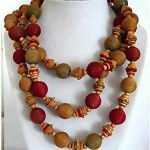 vintage unsigned miriam haskell 1930s wood bead necklace