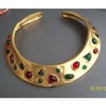 vintage valentino collar necklace