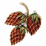 vintage buccellati 18k strawberry brooch