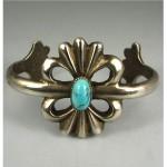 vintage navajo cast silver turquoise bracelet