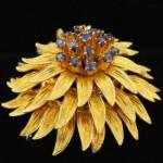 vintage 18k sapphire brooch