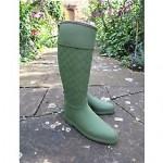 vintage gucci rubber boots