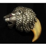antique 1869 silver lions head claw brooch